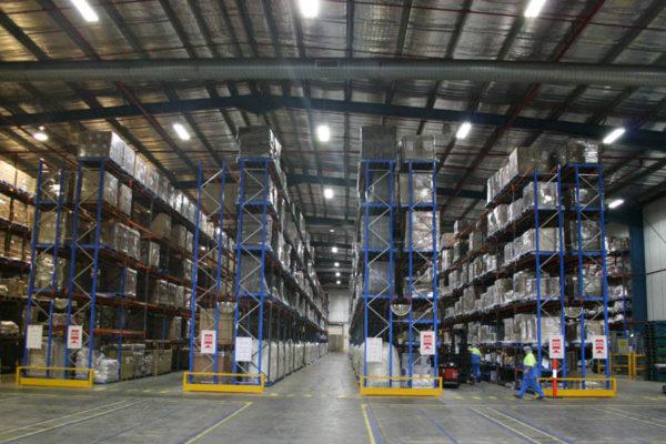 Magazijnen - distributiecentra - logistiek