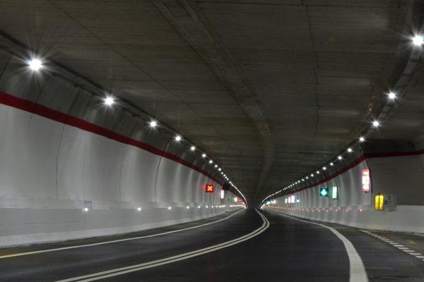 Tunnels - bruggen - onderdoorgangen