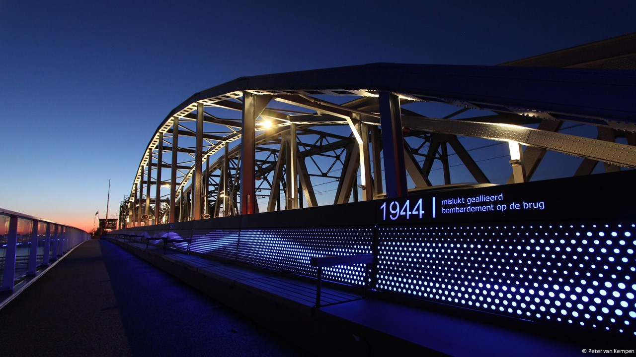 Tunnels-bruggen-onderdoorgangen